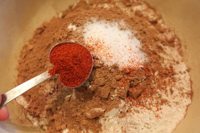 نتيجة بحث الصور عن Cayenne + Cocoa Powder