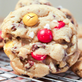 Salted_MandM_Chocolate_Chip_Cookies-7