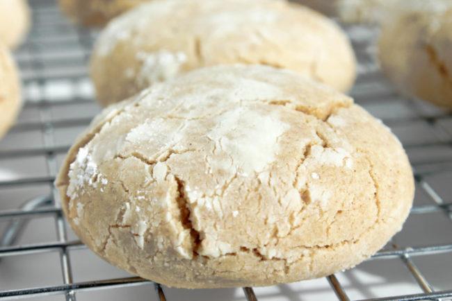 browned-butter-crinkle-cookies